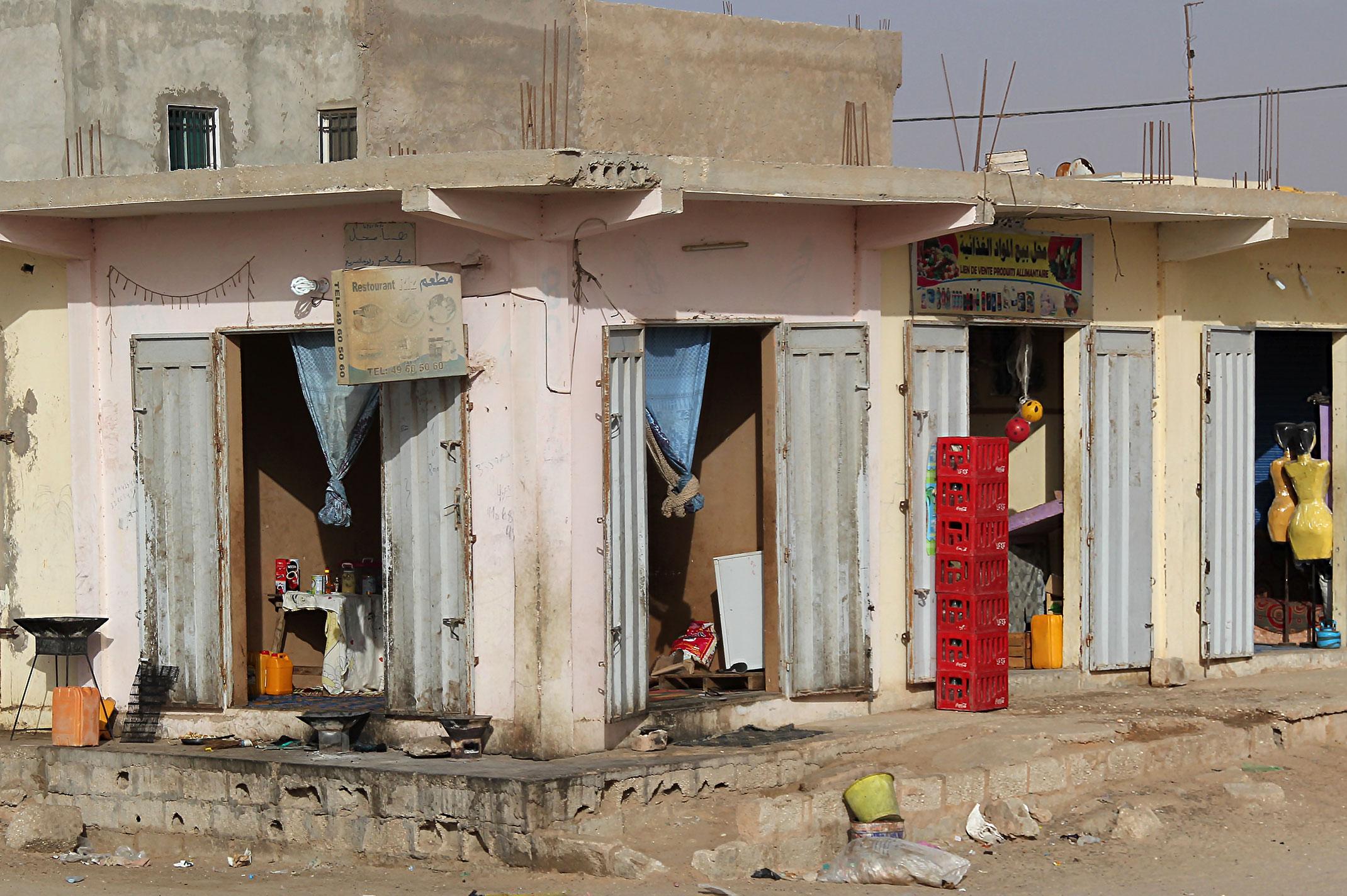 Mauretania.Sklep,restauracja