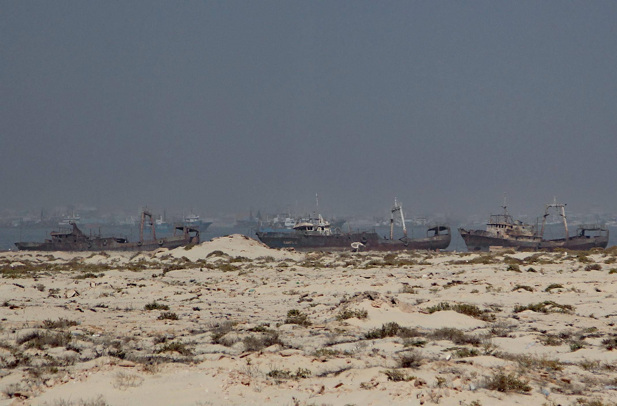 Mauretania.Zatoka wraków zwana cmentarzyskiem statków.