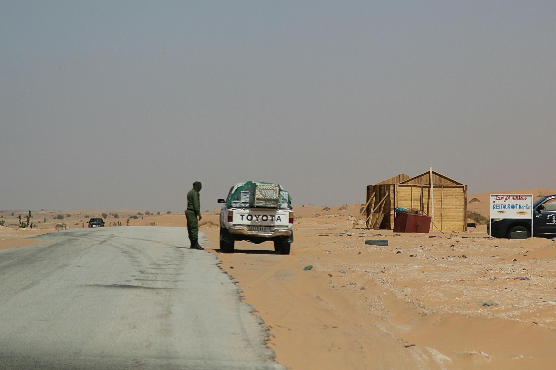Mauretania.Kontrola drogowa