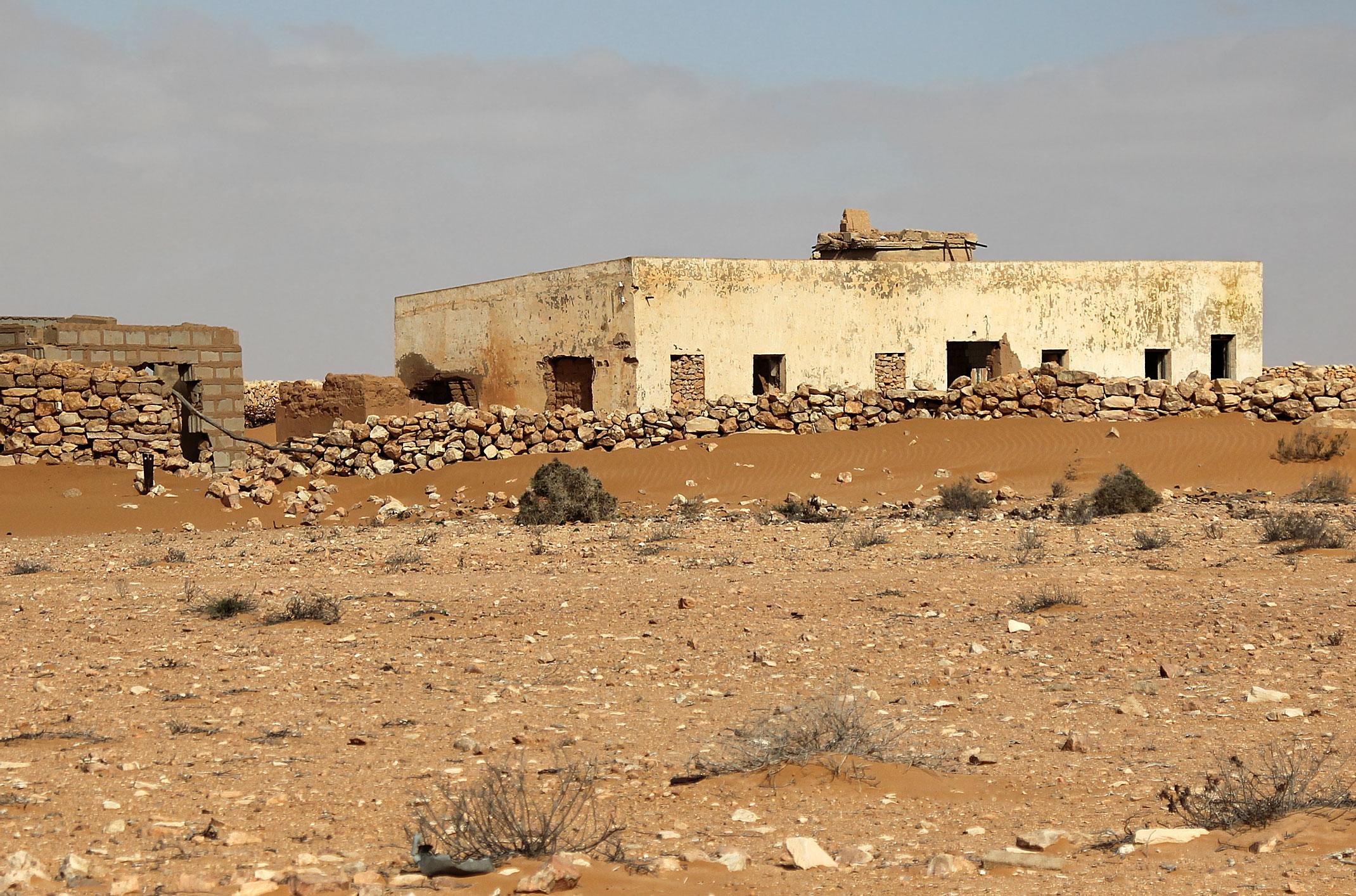 Sahara Zachodnia.Stary kolonialny fort El- Hagunia