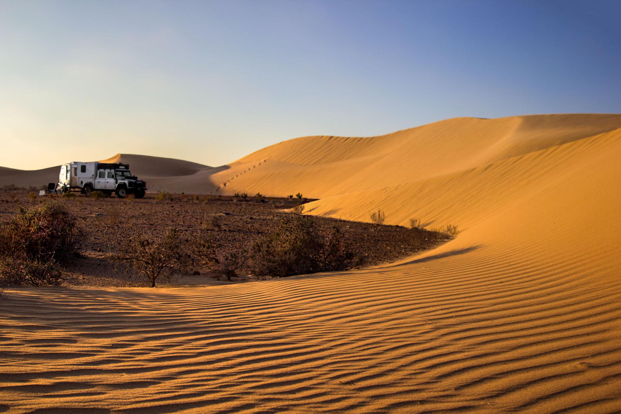 Defender na Saharze