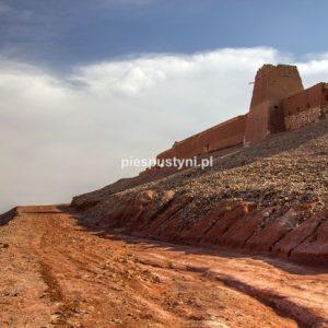 Droga do fortu Tafnidilt - Blog podróżniczy - PIES PUSTYNI