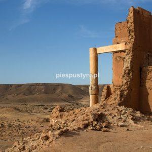 Widok z fortu Tafnidilt - Blog podróżniczy - PIES PUSTYNI
