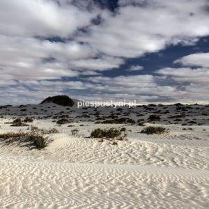 Białe chmury nad białą pustynią - Blog podróżniczy - PIES PUSTYNI