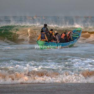 Port rybacki w Nawakszut 14 - Blog podróżniczy - PIES PUSTYNI