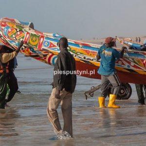 Port rybacki w Nawakszut 6 - Blog podróżniczy - PIES PUSTYNI