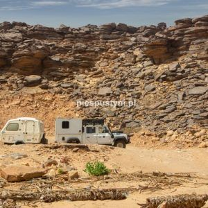 Wādī Sakallīl 8 - Blog podróżniczy - PIES PUSTYNI