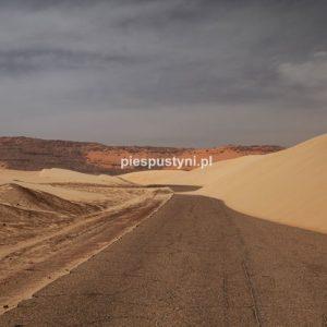 Droga przez Tagant - Blog podróżniczy - PIES PUSTYNI