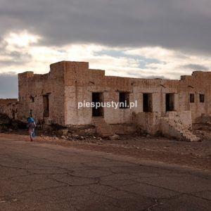 Fort Moudjéria 2 - Blog podróżniczy - PIES PUSTYNI