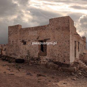 Fort Moudjéria 3 - Blog podróżniczy - PIES PUSTYNI