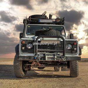 Land Rover Defender 130 nad zatoką - Blog podróżniczy - PIES PUSTYNI
